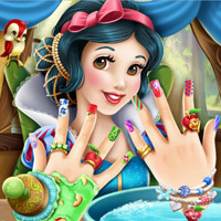 Snow White Nails